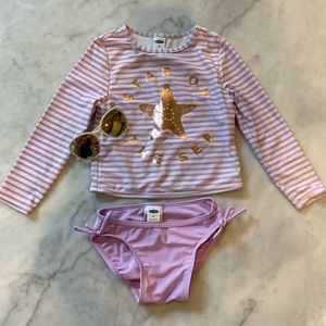 2T Old Navy long sleeve swimsuit + sunglasses